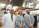 L'assessora Di Martino in visita nei centri di produzione dei pasti per le scuole
