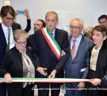 Taglio del nastro per il Centro Italiano per la fotografia