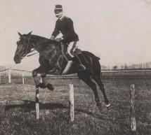 A cavallo tra passato e presente in piazza d'Armi
