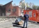 Polizia Municipale, abbattute due casette inagibili nel campo nomadi