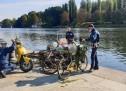 La Polizia Municipale recupera cinque biciclette e uno scooter dai fondali del Po