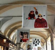 Torino-Berlino: Viaggio Fronte/Retro Nadia Budde ed Elisa Talentino sotto i portici di piazza San Carlo