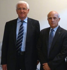 L'Ambasciatore d'Albania Neritan Ceka (a sinistra) con il Presidente della Camera di commercio di Tirana a Torino, Giovanni Lauria