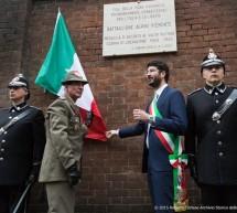 Una targa in ricordo del Battaglione Alpini Piemonte
