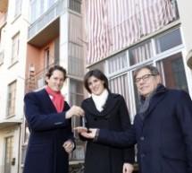 Consegnate alla sindaca le chiavi del primo appartamento Atc riqualificato