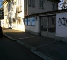 Al via lunedì l'intervento di rimozione delle scritte sui muri degli edifici pubblici