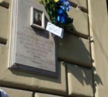 Deposto un omaggio floreale in ricordo del vigile urbano Giuseppe Alemanno