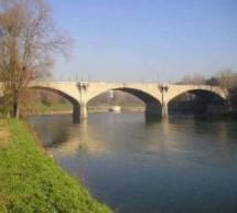 Torino solidale con le popolazioni europee colpite dall'alluvione domani spegne per un'ora le luci di 4 ponti cittadini