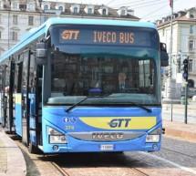 Presentati in piazza Castello i nuovi autobus per le linee extraurbane di Gtt