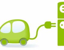 Elettromobilità, Torino cerca partner per realizzare una rete di ricarica per veicoli elettrici