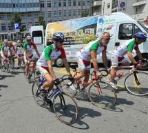 Una lunga pedalata per aiutare la ricerca scientifica