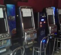 Polizia municipale, sequestrate slot-machine e bigiotteria