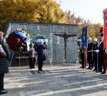 Commemorazione dei defunti, al Monumentale l'omaggio ai Caduti