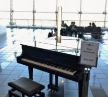 Un pianoforte all'aeroporto debutta con la Bohème