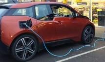 Elettromobilità, a settembre un bando per l'installazione di colonnine di ricarica
