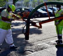 """Manutenzioni stradali: """"macchina tappabuche"""" all'opera nella circoscrizione 2"""