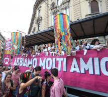 Torino Pride, sabato un'edizione in formato virtuale. Sulla Mole i colori dell'arcobaleno
