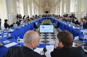 I ministri durante la riunione nella Galleria di Diana